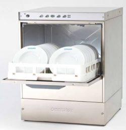 Leje af Underbordsopvaskemaskine til 50x50 Bakker